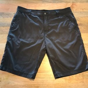 Men's Prana Brion 11 inch short Size 38